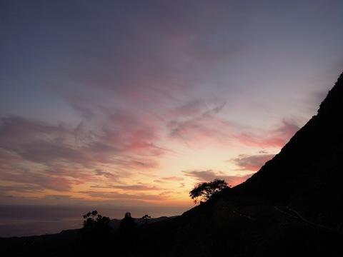 110906?天空の丘の夕暮れ.JPG