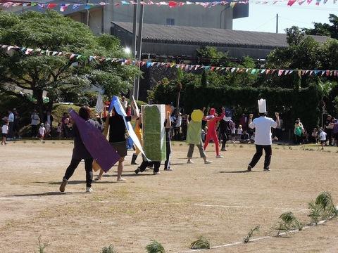 111023運動会・アンパンマンの踊り.JPG