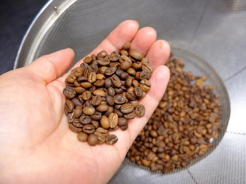 20200603焙煎したコーヒー豆.JPG